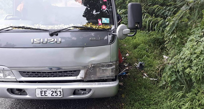 A Ministry of Forestry official caught a man with a truck, registration number EE:253 throwing rubbish along the Colo-i-Suva Forest Park. Department of Information