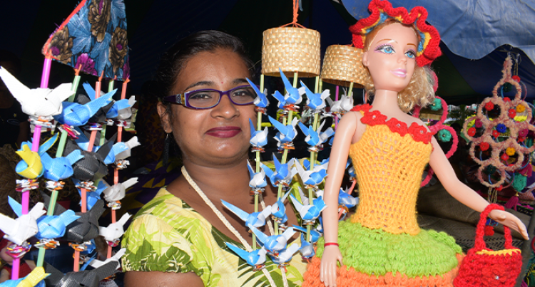 Fijian Craft: Nand Generates Additional Income For Her Family