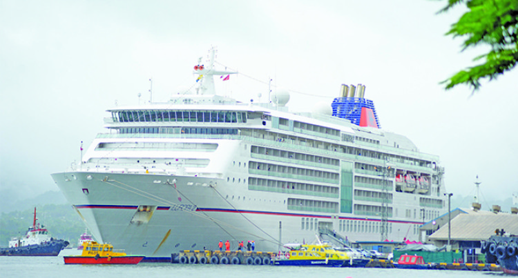 Calling Into Port Of Three Cruise Liners Cause Hype In Suva