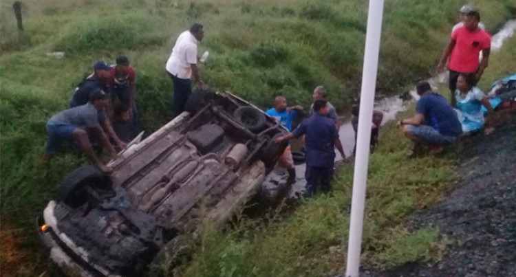 Fiji Police: Family Safe After Vehicle Veers Off The Road