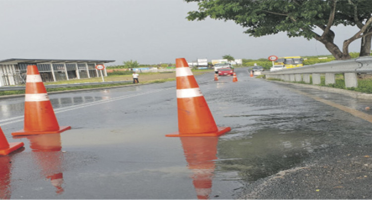 Water Authority Of Fiji Works To Limit Waste Water Leakage Near Denarau Bridge