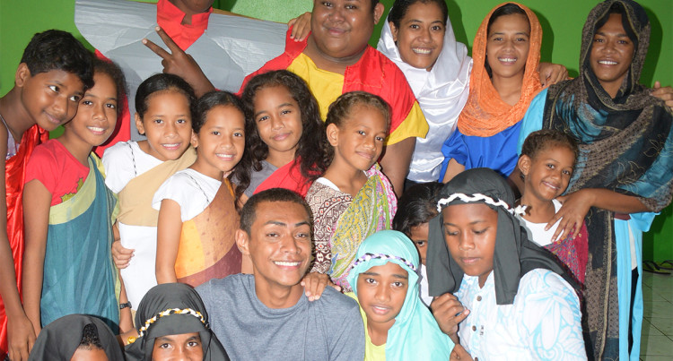 Youth's of Raiwaqa Parish Re-enacts Christs Deaths