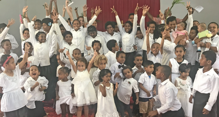 Children Lead Service, Remember Christ's 'Triumphant Entry'