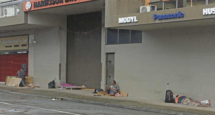 Ministry Mulls Over Help For The Homeless