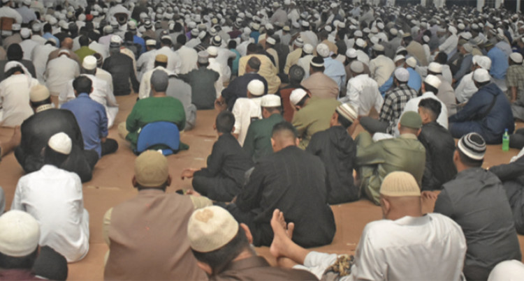 Muslim Brothers Assure Unity Among All