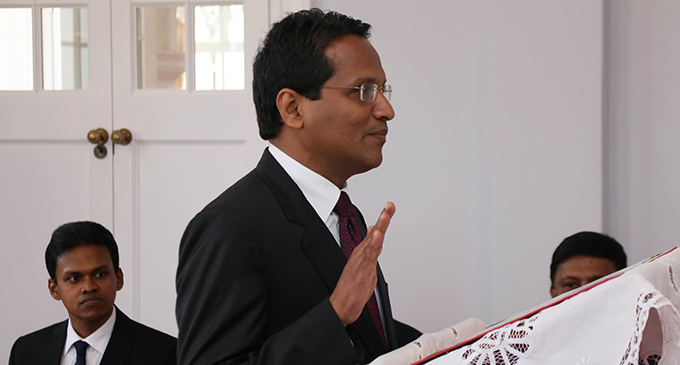 Justice Dayaratne taking his oath on May 8, 2019 at the State House. Photo: DEPTFO News