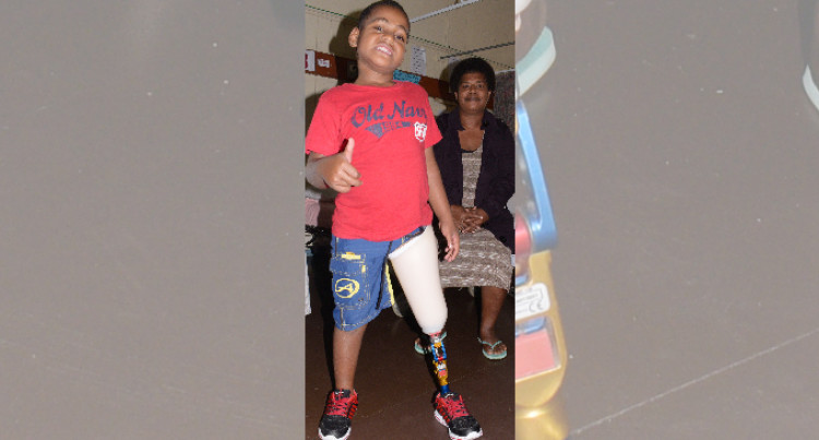 Prosthetic Leg Helps  Sakiusa to Walk Again