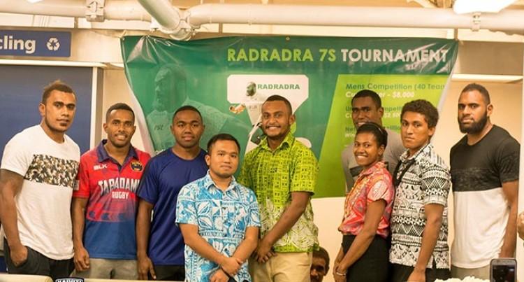Rugby Stars Support Radradra 7s