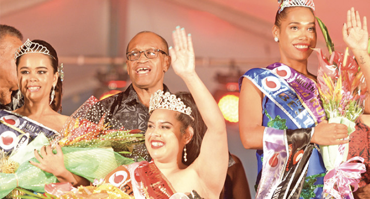 Irinieta Mackinlay Crowned Queen At Vodafone Millennium Sinu Festival