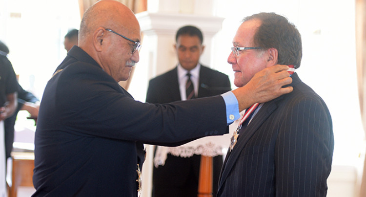 Former New Zealand Foreign Minister Awarded For Cyclone Relief Efforts