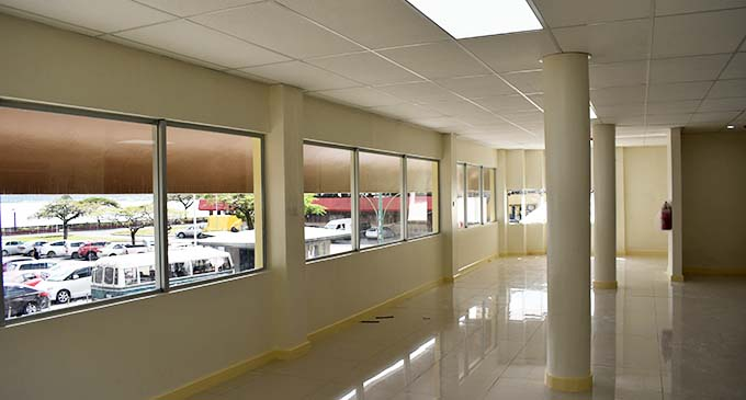 Frist floor rear area with harbour-view, ideal for offices.