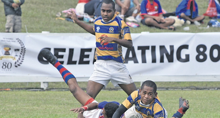 Ratu Kadavulevu School Under-14 On Track