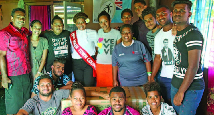 University of the South Pacific Students Visit Koto's Family