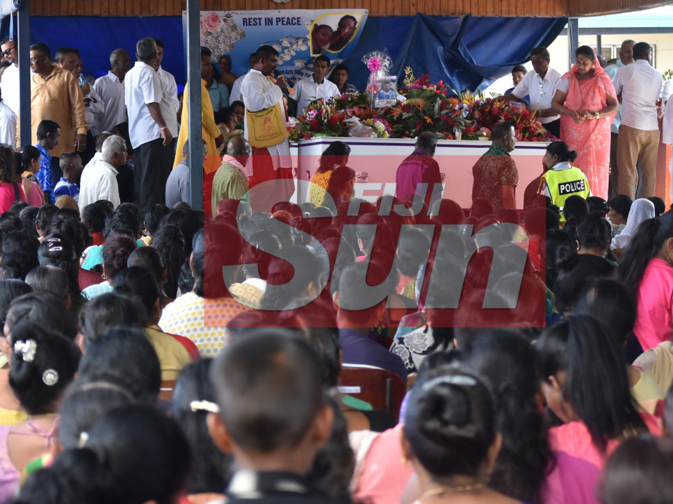 Hundreds Farewell The Five Family Members Found Dead In The Nausori Highlands