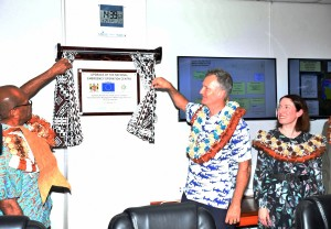 Minister for Infrastructure, Transport, Disaster Management and Meteorological Services Jone Usamate and European Union Head of Co-operation Christoph Wagner unveiling the plaque. Photo: DEPTFO News