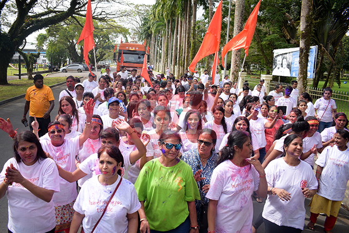 Hundreds of devotees waked to My Suva Park to mark the final ritual of Ganesh Utsav (Lord Ganesha prayer) at My Suva Park on September 12, 2019. Photo: Ronald Kumar.