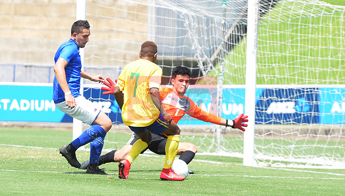 Samoan goalkeeper, Eti Fatu failed to stop Augustine Waita  during OFC Men's Olympic qualifier 2019 group a match at ANZ Stadium on September 24, 2019. Photo: Ronald Kumar.