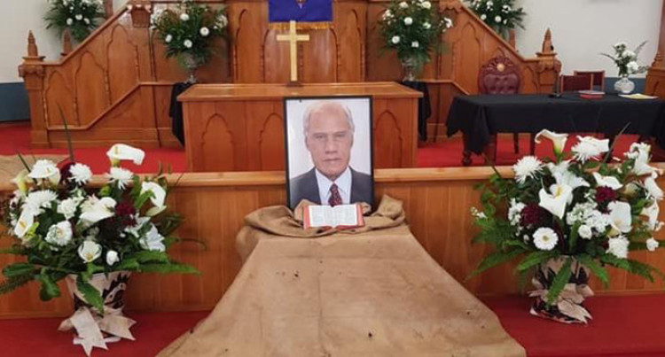 Thousands Attend Auckland Memorial For 'Akilisi Pohiva