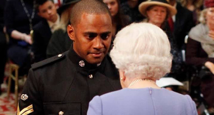 Corporal Qasenivalu Receives Gallantry Medal From Queen
