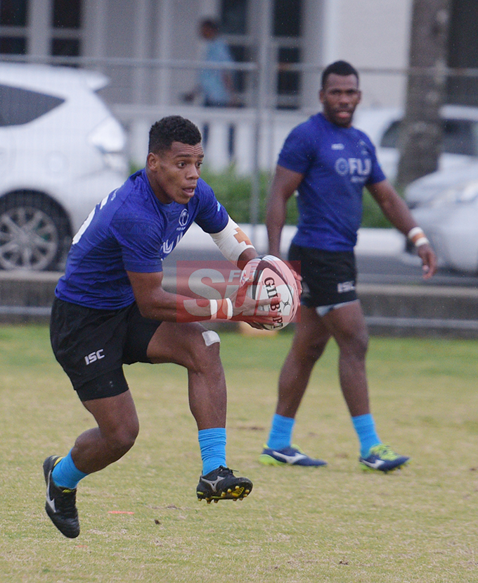 Fiji Sevens extended squad member, Napolioni Ratu (with ball) and Kaveni Tabu during team training at Albert Park on October 23, 2019. Photo: Ronald Kumar.
