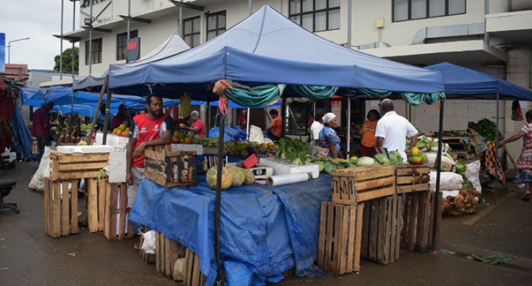 Nabua Roadside Market Vendors Told To Pack Up And Move