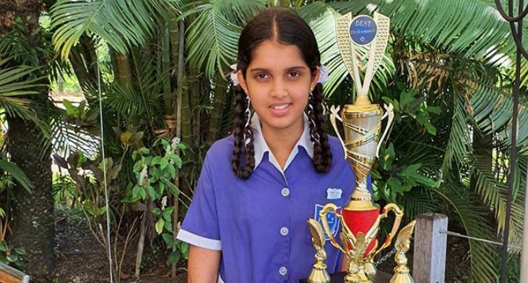 Eshita Scoops Dux  Khemendra Central Primary School Award And High Scorer For Year 8 Exam