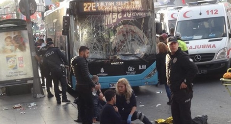 Bus Driver In Istanbul Rams Vehicle Into Crowd, Stabs People, Leaving 13 Injured