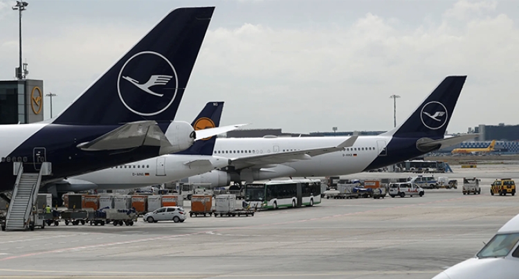 Lufthansa Airline Cabin Crew Strike Force 1,300 Flight Cancellations, Affect 180,000 Passengers