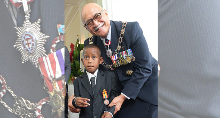 5 Year Old Hero Awarded Bravery Medal For Saving His Brother By President Of Fiji