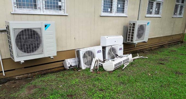 Lincoln Calls For Better Disposal Measures Of Air-Conditioning Units
