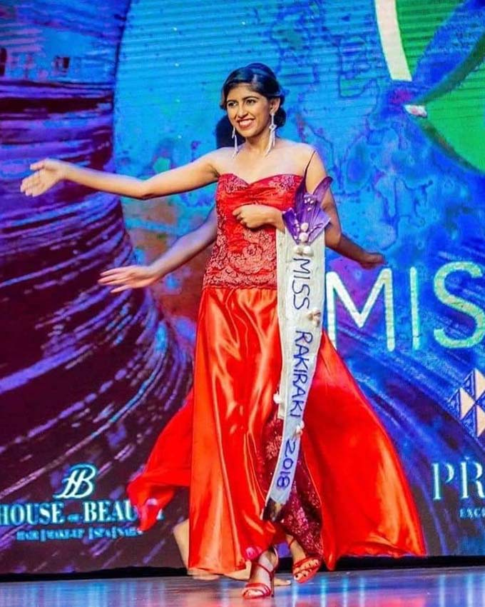 Miss Rakiraki 2018 Azeria Prynsas Narayan wearing the hand-sewn gown by her  mother that was burned on FBC's Jejemon on national television.