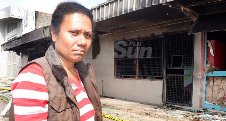 Fire Breaks Single Mum's Heart