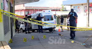 Police forensic team investigates the stabbing of women at the junction of Namuka and Fulaga Street in Samabula on December 4, 2019. Photo: Ronald Kumar.