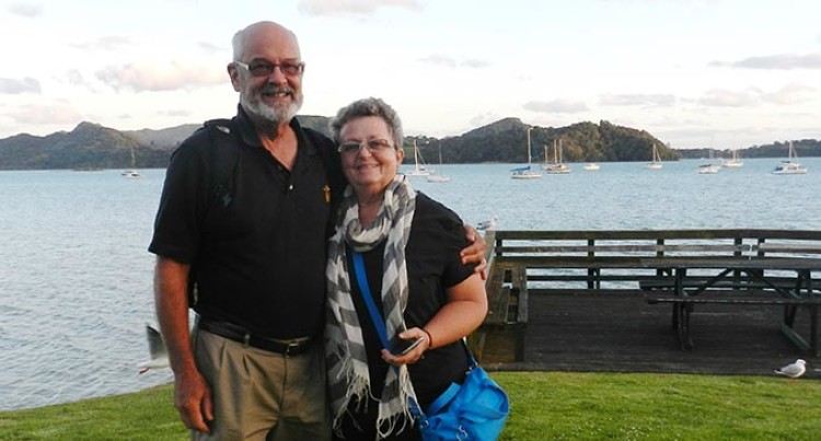 Retired American Navy Veterans Make Fiji Their Second Home