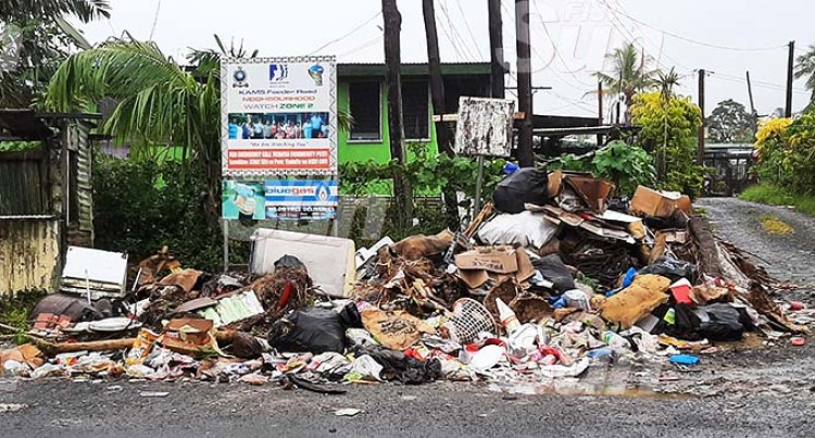 Ministry Of Health, Town Council Talk On Solving Rubbish Issue