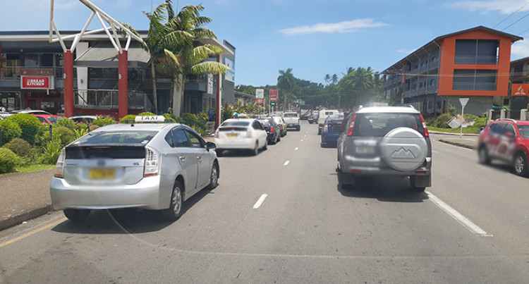 Taxi Drivers Road Rage, Defying Rules Daily At Grantham Road