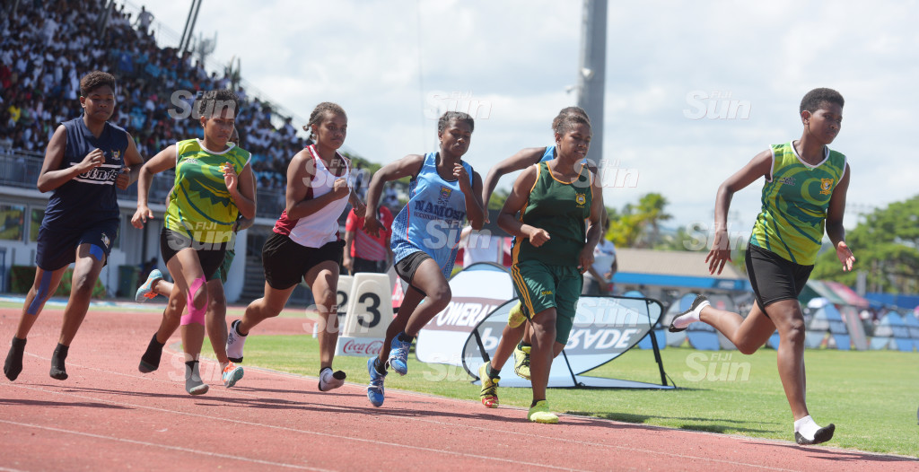 Suva Zone 1-800meters senior girls final action at ANZ Stadium on February 28, 2020. Photo: Ronald Kumar.