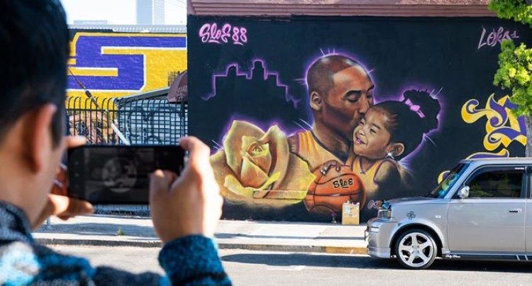 Kobe Bryant's Wife Files Wrongful Death Lawsuit Against Helicopter Company: Report