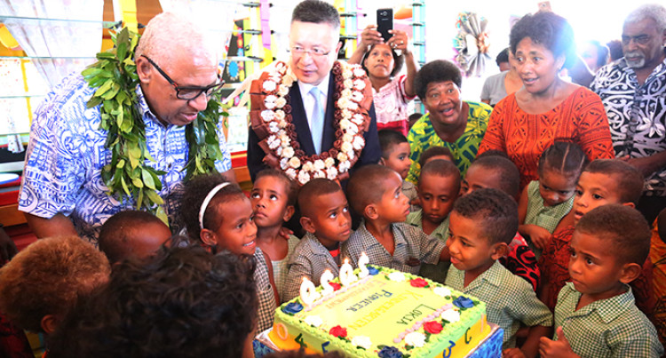 Parents, Teachers Thank PM, Chinese Envoy For New Kindy