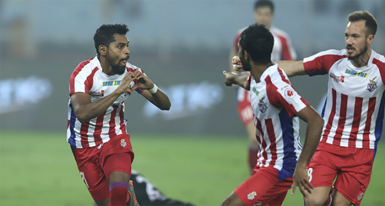 Roy's Hat-Trick Sends ATK Back To The Top, Secures Playoffs Berth