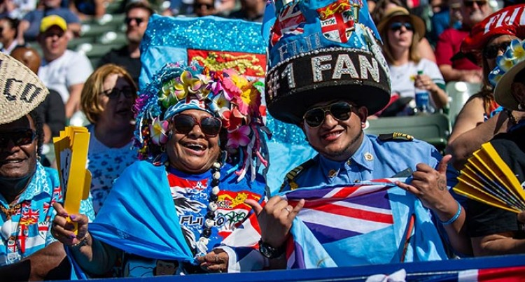 Vancouver 7s: Best Dressed Fan, Group Win $3k