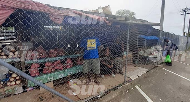 3 Illegal Stalls Remain In Davuilevu After Being Fenced Out