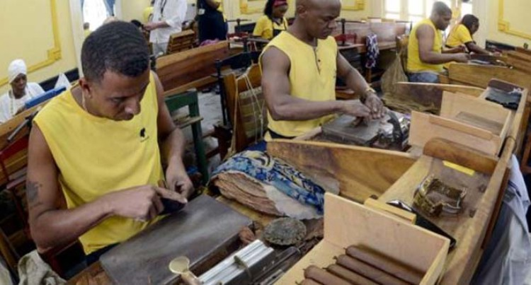 Cuba Raises Record Amount From Cigar Humidor Auction