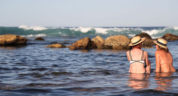 Australian Summers Growing Longer Due To Climate Change: Report