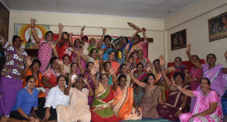 Tabia Women Celebrate Holi