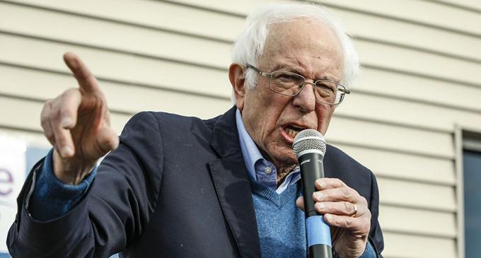 Bernie Sanders speaks at a rally at Cedar Rapids, Iowa, the United States, Feb. 2, 2020. (Photo by Joel Lerner/Xinhua)