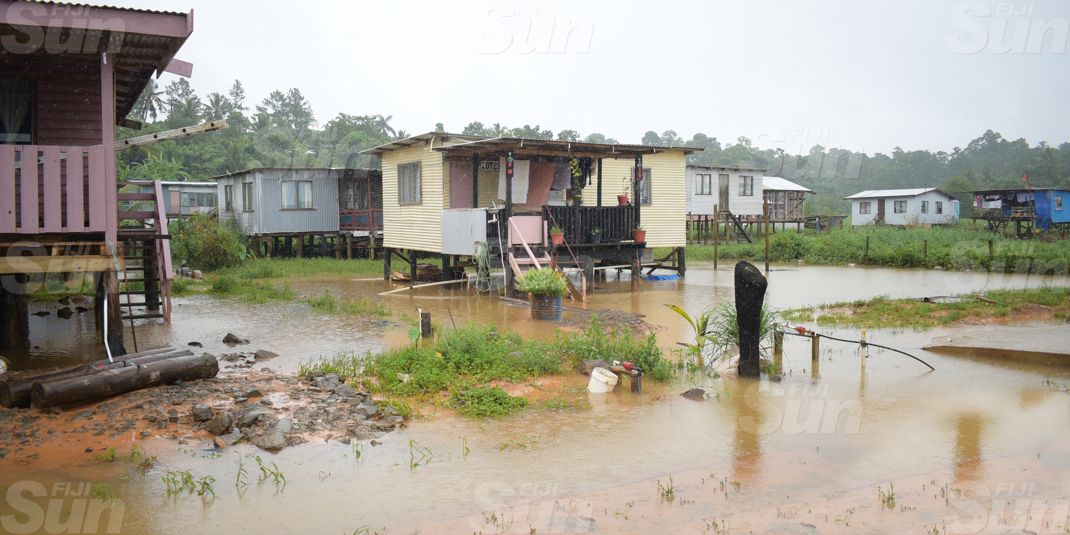 Part of Waidamudamu was still flooded as rain Continued in many part southern division on March 20, 2020. Photo: Ronald Kumar.