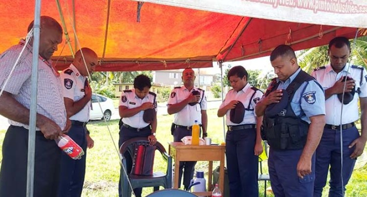 Easter Services Conducted For Police Officers At Various Checkpoints Around The Division