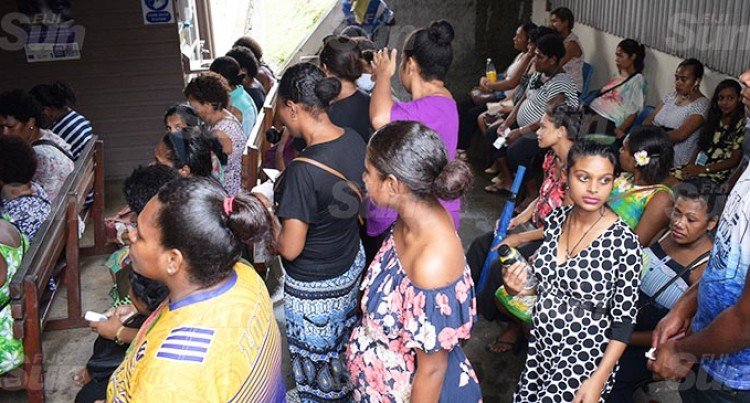 Ministry To Look Into Expecting Mothers' Clinic Line Ups