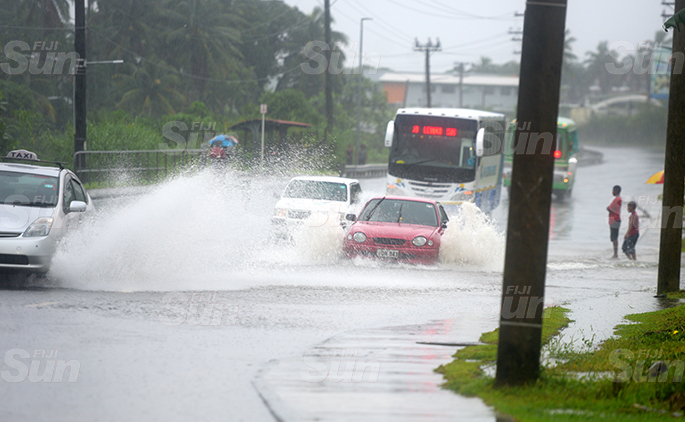 Continues heavy rain caused multiple flash flooding along queens road in Nasinu on April 28, 2020. Photo: Ronald Kumar.